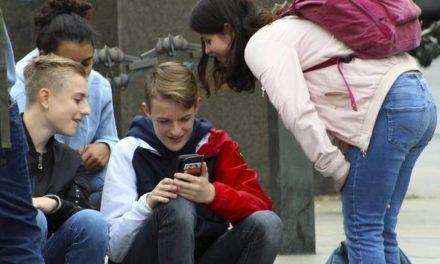 Une etude lancée par l'Université de Bordeaux pour determiner l'impact des réseaux sociaux et du cyberharcélement sur les collégiens
