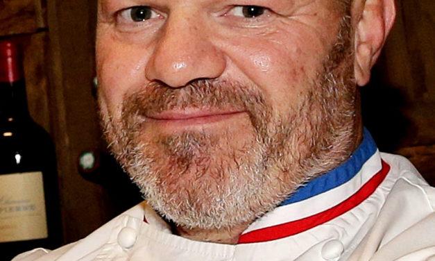 Philippe Etchebest chausse les crampons pour un match à Chaban-Delmas