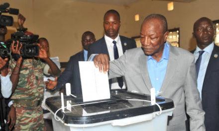 Réactions mitigés sur le double scrutin en Guinée