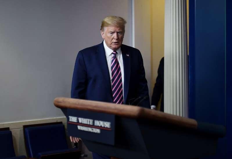 Trump vexé ne veut plus faire de point de presse