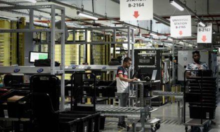 Coronavirus: le salarié d'un entrepôt d'Amazon France placé en réanimation, alerte la CGT