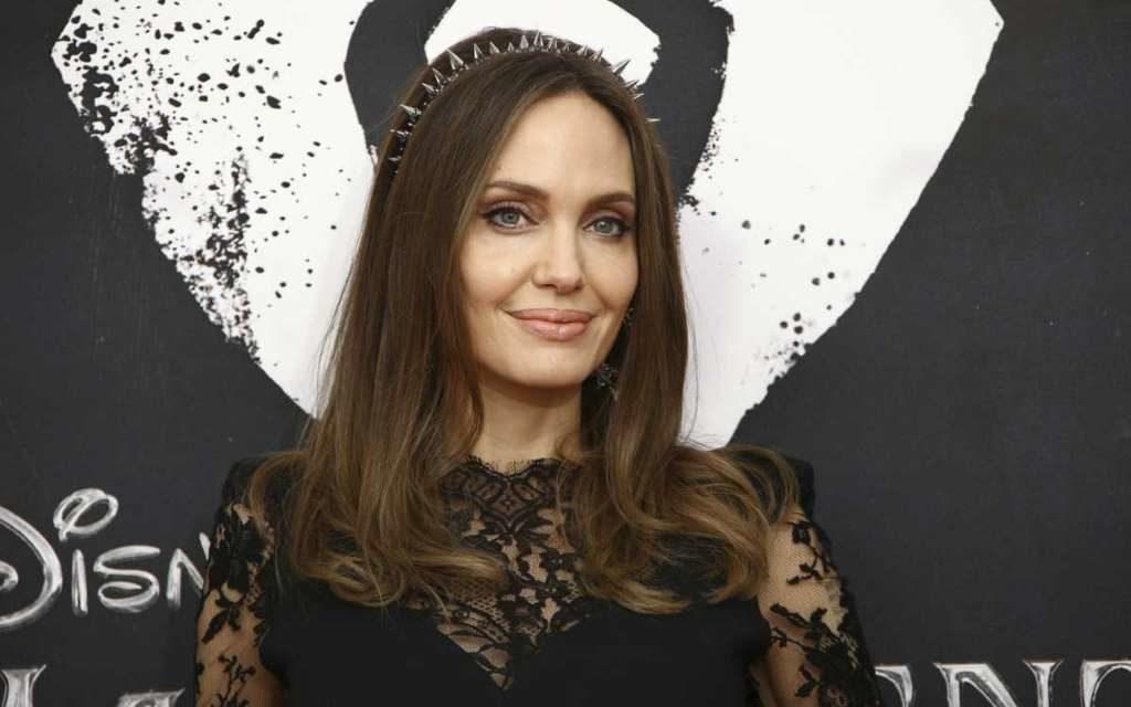 Angelina Jolie  alerte du danger du confinement pour les enfants