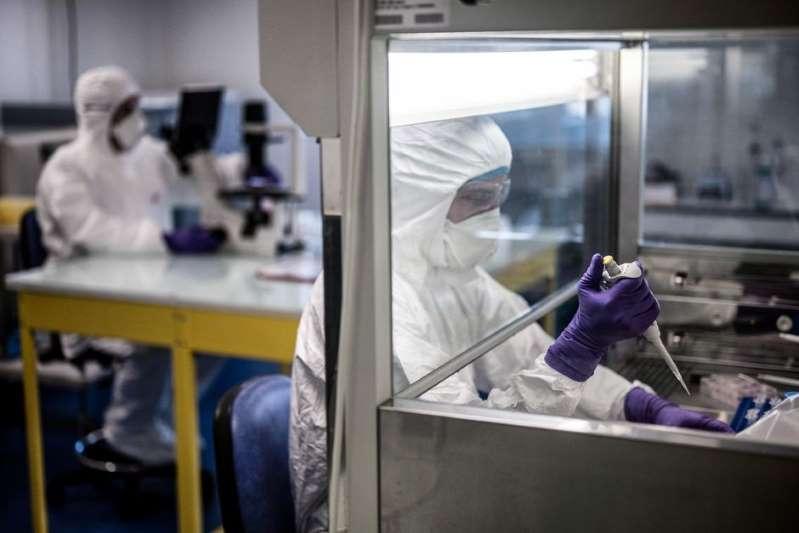 """Covid-19 : un laboratoire chinois pense pouvoir stopper la pandémie """"sans vaccin"""""""