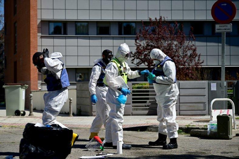 Le monde face à la pandemie le 15 Mai