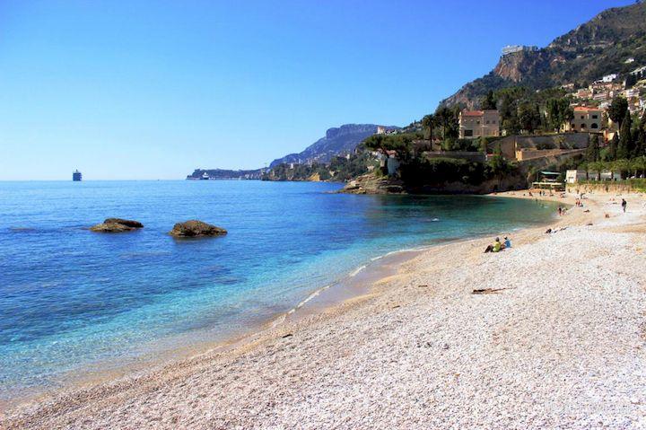 Côte d'Azur vers une reouverture des plages dès de Week end?