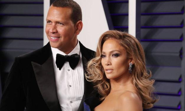Jennifer Lopez dévasté par le report de son mariage