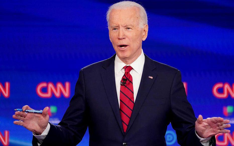 Joe Biden restreint l'accès au sol Américain