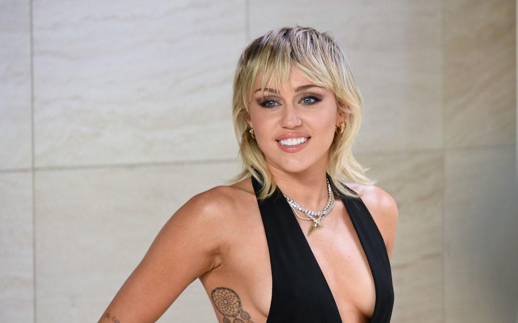 Un confinement spécial pour Miley Cirus