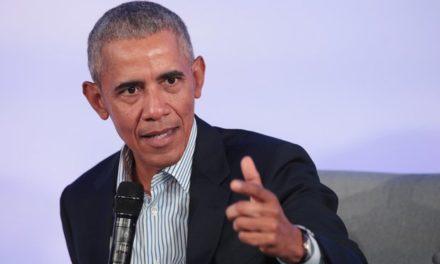 Obama critique la gestion chaotique de la crise sanitaire par Donald Trump