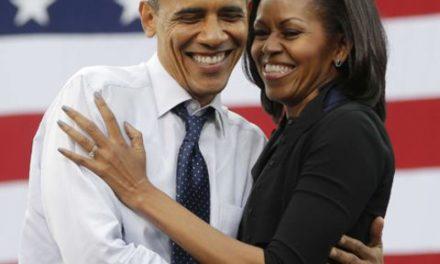 """L'hommage """"in Love"""" de Barak Obama à Michelle pour la fête des mères"""