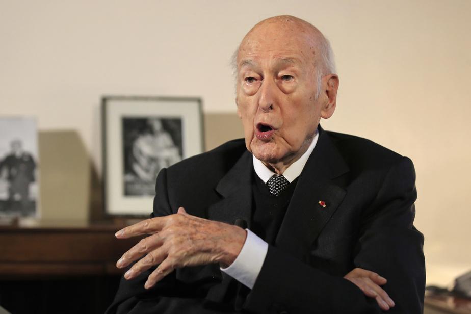 Enquête contre Valery Giscard D'Estaing accusé d'agression sexuelle