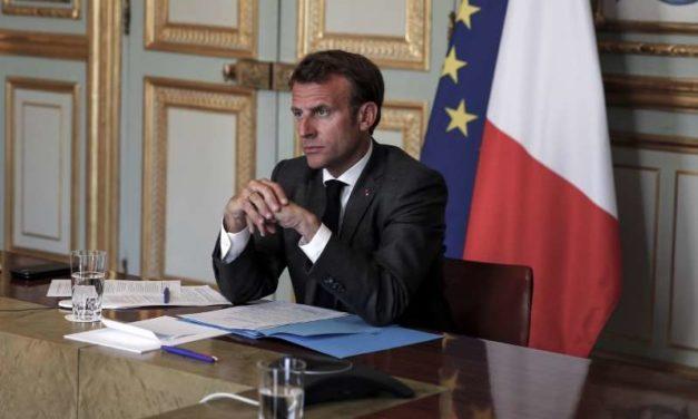 Macron veut modifier sa politique migratoire