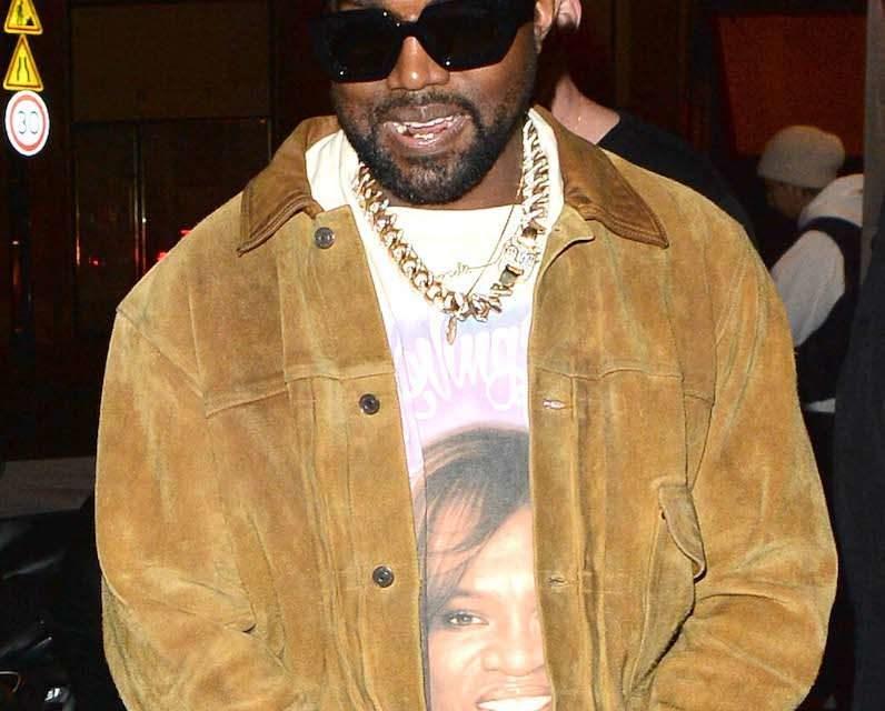 Les études de la fille de Georges Floyd assuré – Kanye West lance un levé de fond