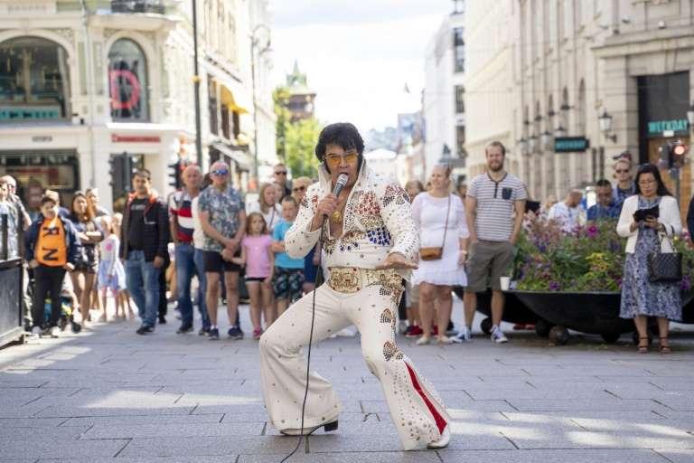 Un norvégien imite Elvis pendant 50 heures