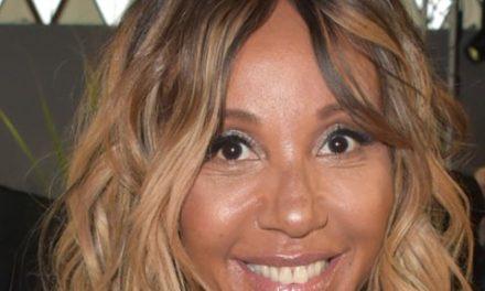 Cathy Guetta affiche sa magnifique silhouette en vacance