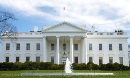 Trump fait retirer les portraits de Clinton et Bush de la Maison Blanche