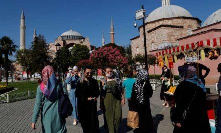 La Turquie régule les réseaux sociaux par l'adoption d'une loi