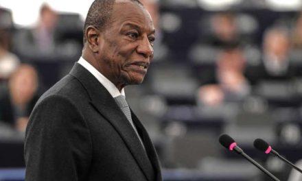 Dépôt de plainte en France contre Alpha Condé Chef de l'Etat Guinéen pour corruption