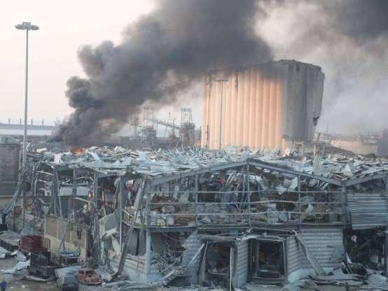 Emotion mondiale face à la double explosion au Liban