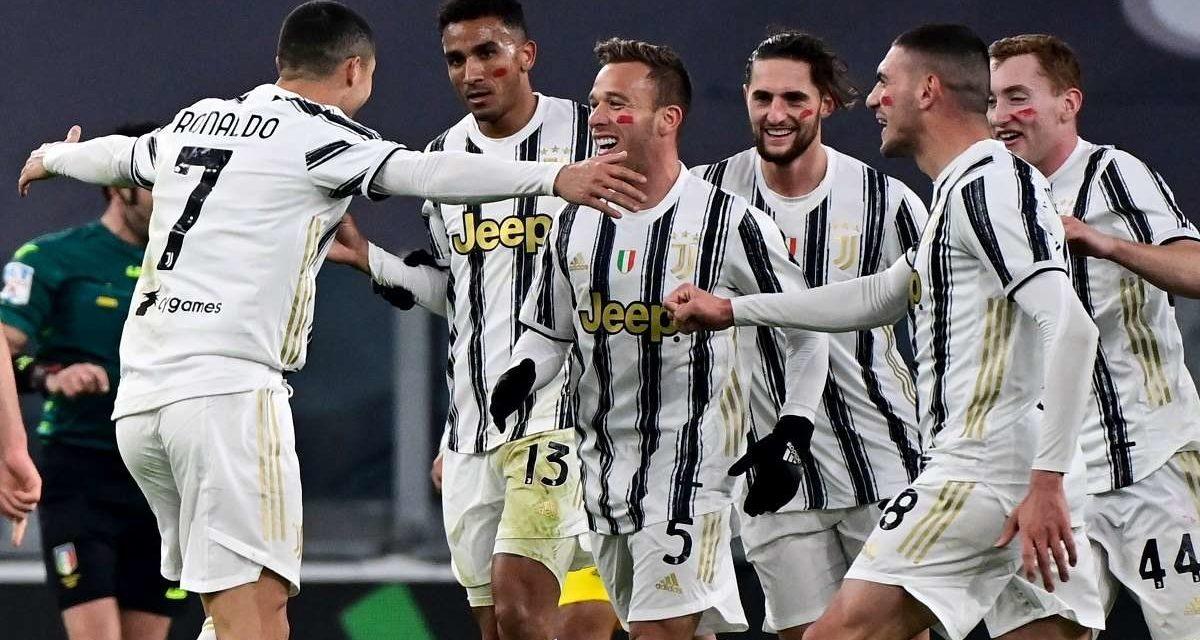 Pourquoi les joueurs de la Serie A avait des traits rouges sur le visage