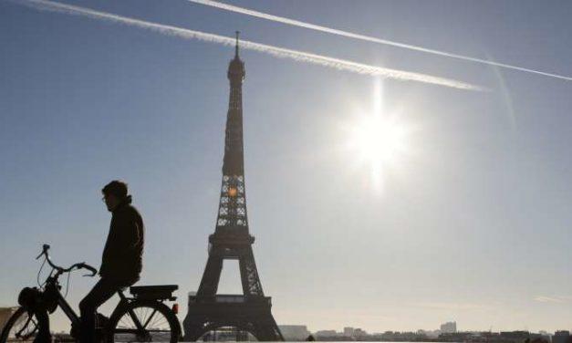 La Tour Eiffel réouvre le 16 décembre