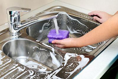Quelques astuces simples et efficaces pour vous aider à rendre comme neuf votre lavabo, comme au premier jour!